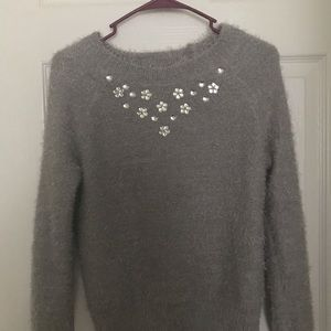 Sweaters - Beautiful rhinestone sweater